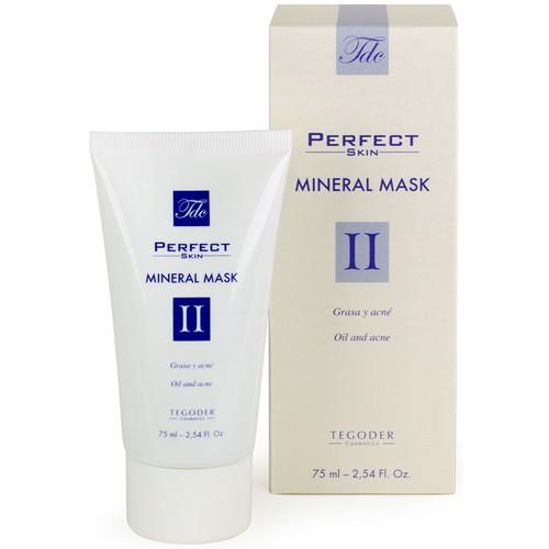 TEGOR Маска с минералами для комбинированной и жирной кожи / PERFEKT SKIN 75млМаски<br>Комбинированная и жирная кожа нуждается в особом сбалансированном уходе. Зная это, специалисты испанской компании Tegor разработали маску для комбинированной и жирной кожи с минералами. Секрет ее необычайной эффективности кроется в уникальном компоненте &amp;ndash; экстракте колеуса форсколина, который, проникая в самые глубокие слои кожи, расщепляет и выводит кожное сало. Также в состав маски Тегор входит комплекс микроэлементов, которые отвечают за повышение кожного иммунитета и улучшают антиоксидантную активность клеток.   При регулярном использовании маски Tegor воспалительные процессы кожи и проблема акне исчезнут, словно плохой сон. Поры заметно сузятся, салоотделение нормализуется, а кожа приобретет желанную мягкость, гладкость, бархатистость, матовость и свежий здоровый цвет.   Активный состав: Экстракт колеуса форсколина, сера, кремний, цинк, медь.   Способ применения: Нанесите необходимое количество маски Тегор на предварительно очищенную кожу лица и оставьте на 15-20 минут. После тщательно смойте средство водой.<br><br>Объем: 75<br>Назначение: Акне, постакне