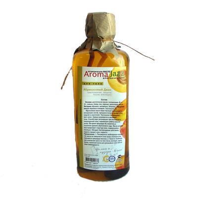 AROMA JAZZ Масло массажное жидкое для тела Абрикосовый джаз 350млМасла<br>Смягчение, увлажнение, глубокое очищение. Применяется для ухода за сухой морщинистой кожей и профилактики морщин. Масло хорошо впитывается и усваивается кожей, питая ее до самых глубоких слоев. Оно незаменимо в случае недостатка питательных веществ, неблагоприятного воздействия непогоды.  Абрикосовый джаз  эффективно применяется при ссадинах и сыпи, благотворно воздействует на увядающую, воспаленную кожу, делая ее гладкой и здоровой. Солнечный, яркий, позитивный   это абрикосовый сад. Сладкий аромат масла погрузит вас в фантазию о южном солнце, море беззаботного веселья и развлечений. Отдыхайте красиво! Активные ингредиенты: масла оливы, пальмы, кокоса, жожоба, из виноградных косточек, растительное с витамином Е; экстракты абрикоса и персика; эфирные масла ванили и персика. Способ применения: рекомендовано для массажа тела при чувствительной и поврежденной коже, втирание после душа и SPA-процедур в салоне и дома. Заживляющий эффект после эпиляции.<br><br>Объем: 350<br>Вид средства для тела: Массажный