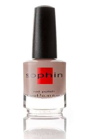 SOPHIN Лак для ногтей, светло-бежевый 12млЛаки<br>Коллекция лаков SOPHIN очень разнообразна и соответствует современным веяньям моды. Огромное количество цветов и оттенков дает возможность создать законченный образ на любой вкус. Удобный колпачок не скользит в руках, что облегчает и позволяет контролировать процесс нанесения лака. Флакон очень эргономичен, лак легко стекает по стенкам сосуда во внутреннюю чашу, что позволяет расходовать его полностью. И что самое главное - форма флакона позволяет сохранять однородность лаков с блестками, глиттером, перламутром. Кисть средней жесткости из натурального волоса обеспечивает легкое, ровное и гладкое нанесение. Светло-бежевый лак кремовой текстуры Идеален при нанесении в два слоя&amp;nbsp; Глянцевый финиш Big5free Активные ингредиенты. Состав: ethyl acetate, butyl acetate, nitrocellulose, acetyl tributyl citrate, isopropyl alcohol, adipic acid/neopentyl glycol/trimellitic anhydride copolymer, stearalkonium bentonite, n-butyl alcohol, styrene/acrylates copolymer, silica, benzophenone-1, trimethylpentanedyl dibenzoate, polyvinyl butyral.<br><br>Цвет: Коричневые<br>Виды лака: Глянцевые