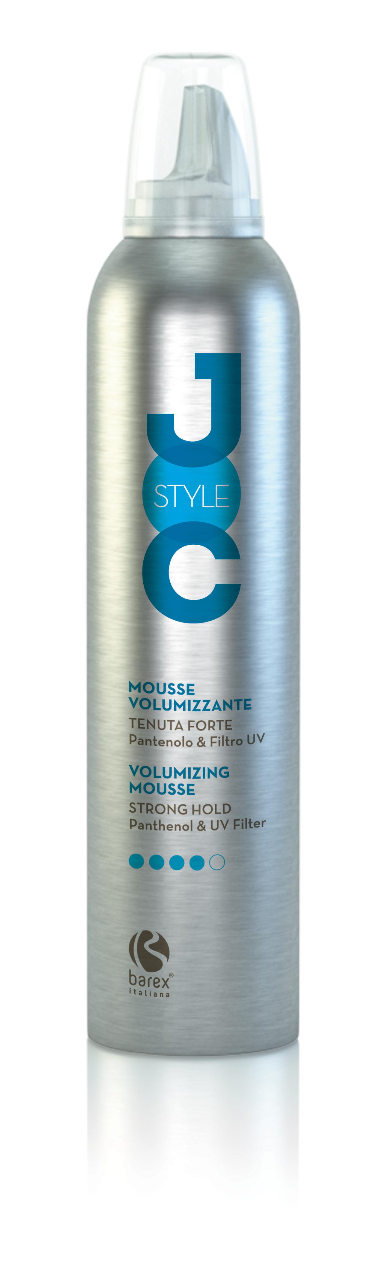 BAREX Мусс-объем сильной фиксации с Пантенолом и УФ Фильтрами / JOC STYLE 300млМуссы<br>Подходит для создания креативных укладок. Долго поддерживает объём и идеально фиксирует волосы. Устраняет статическое электричество, придаёт волосам форму и объём и при этом не утяжеляет их. Пантенол: увлажняет волосы и защищает их от действия атмосферной влаги. Активные ингредиенты: пантенол. Способ применения: тщательно встряхнуть флакон и перевернуть вверх дном. Нанести небольшое количество пены (1-2 нажатия) на чистые влажные, подсушенные полотенцем волосы. Равномерно распределить по всей длине волос, затем уложить волосы.<br>