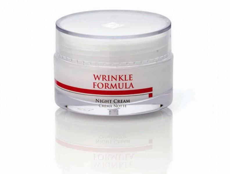 HISTOMER Крем против морщин ночной / Night Cream WRINKLE FORMULA 50млКремы<br>Назначение: Ночной крем против морщин Histomer Wrinkle Formula обладает тройным действием - восстанавливает волокна коллагена и эластина, увлажняет глубокие слои дермы, оказывает липомоделирующее действие. Крем насыщает кожу кислородом, выводит токсические вещества и регенерирует биологические клеточные механизмы. Питает кожу в ночное время. Активные ингредиенты: восстановительный комплекс CLR, гиалуроновые микросферы HFM, хистомерные клетки акации, дуба и бука, Витамины А, С, Е, пантенол, олигопептиды, тилирозид, пальмовое масло и масло Ши. Способ применения: Наносить на очищенную кожу лица, шеи и декольте, втирать легкими массажными движениями.<br><br>Объем: 50<br>Назначение: Морщины<br>Время применения: Ночной
