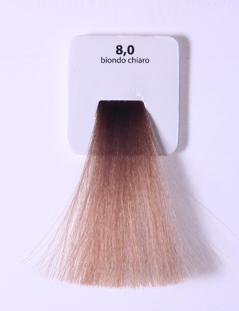 KAARAL 8.0 краска для волос / Sense COLOURS 100млКраски<br>8.0 светлый блондин Перманентные красители. Классический перманентный краситель бизнес класса. Обладает высокой покрывающей способностью. Содержит алоэ вера, оказывающее мощное увлажняющее действие, кокосовое масло для дополнительной защиты волос и кожи головы от агрессивного воздействия химических агентов красителя и провитамин В5 для поддержания внутренней структуры волоса. При соблюдении правильной технологии окрашивания гарантировано 100% окрашивание седых волос. Палитра включает 93 классических оттенка. Способ применения: Приготовление: смешивается с окислителем OXI Plus 6, 10, 20, 30 или 40 Vol в пропорции 1:1 (60 г красителя + 60 г окислителя). Суперосветляющие оттенки смешиваются с окислителями OXI Plus 40 Vol в пропорции 1:2. Для тонирования волос краситель используется с окислителем OXI Plus 6Vol в различных пропорциях в зависимости от желаемого результата. Нанесение: провести тест на чувствительность. Для предотвращения окрашивания кожи при работе с темными оттенками перед нанесением красителя обработать краевую линию роста волос защитным кремом Вaco. ПЕРВИЧНОЕ ОКРАШИВАНИЕ Нанести краситель сначала по длине волос и на кончики, отступив 1-2 см от прикорневой части волос, затем нанести состав на прикорневую часть. ВТОРИЧНОЕ ОКРАШИВАНИЕ Нанести состав сначала на прикорневую часть волос. Затем для обновления цвета ранее окрашенных волос нанести безаммиачный краситель Easy Soft. Время выдержки: 35 минут. Корректоры Sense. Используются для коррекции цвета, усиления яркости оттенков, создания новых цветовых нюансов, а также для нейтрализации нежелательных оттенков по законам хроматического круга. Содержат аммиак и могут использоваться самостоятельно. Оттенки: T-AG - серебристо-серый, T-M - фиолетовый, T-B - синий, T-RO - красный, T-D - золотистый, 0.00 - нейтральный. Способ применения: для усиления или коррекции цвета волос от 2 до 6 уровней цвета корректоры добавляются в краситель по Правилу пятнадцати: