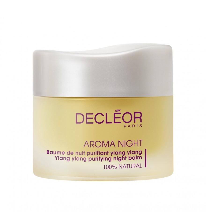 DECLEOR Бальзам ночной очищающий Иланг / AROMA PURETE YLANG YLANG 15 млБальзамы<br>Создан специально для ухода за комбинированной и жирной кожи. Обладает антибактериальным действием, глубоко очищает кожу, способствует заживлению тканей, снимает воспаления, успокаивает, восстанавливает гидробаланс, улучшает рельеф и цвет кожи. Нормализует деятельность сальных желез, сужает поры, устраняет комедоны. Во время ночного отдыха кожа стремится восстановить здоровье и тонус, которые были потрачены в течение предыдущего дня. Компания Decleor разработала ночной бальзам для лица для комбинированной и жирной кожи Decleor Ylang Ylang Purifying Night Balm для ускоренного ее восстановления. Этот бальзам глубоко очищает, оздоравливает и успокаивает кожу. При регулярном применении средства жирная кожа перестает быть проблемной   исчезают покраснения и воспаления, а лицо буквально сияет чистотой и свежестью. Ночной бальзам Decleor Ylang Ylang Purifying Night Balm предназначен для кожи лица и шеи. Он обладает плотной насыщенной структурой, которая, тем не менее, не оставляет жирной пленки и неприятных ощущений. Бальзам Деклеор не содержит парабенов, красителей и минеральных масел, поэтому его можно применять даже для очень чувствительной кожи. РЕЗУЛЬТАТ: в течение ночи снимает воспаления, успокаивает, восстанавливает гидробаланс, улучшает рельеф и цвет кожи. Нормализует деятельность сальных желез, сужает поры, устраняет комедоны. Активные ингредиенты: эфирные масла иланг-иланга, базилика, чайного дерева (мелалейки), а также растительные экстракты жожоба и кукурузы. Воздействуя на кожу комплексно, эти компоненты деликатно удаляют излишки себума и регулируют его образование, сужают поры, стимулируют процессы регенерации эпидермиса, снимают воспаление, смягчают и разглаживают поверхность кожи. Способ применения: горошину бальзама разогрейте в ладонях, вдохните аромат и нанесите на предварительно очищенные лицо, шею и декольте легкими помпажными движениями.<br><br>Объем: 15 мл<br>Назначени