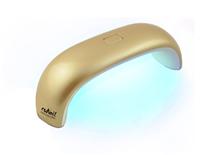 RuNail Лампа LED 9 Вт. (золотая)Косметологическое оборудование<br>LED лампа для полимеризации гель-лаков, мультилаков, перманентных лаков и других LED материалов. Предназначена для одной руки или ноги. Помещается на любом столике или в женской сумке.&amp;nbsp; Технические характеристики: мощность   9 Вт; количество светодиодов   3 шт; номинальное напряжение   220В; частота   50-60 ГЦ; таймер   30 сек.; размер: 16,5х8х7 см.<br>