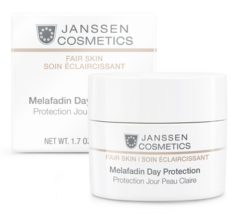 JANSSEN Крем осветляющий дневной SPF20 / Melafadin Day Protection FAIR SKIN 50млКремы<br>Незаменимый продукт для защиты от УФ-излучения и достижения более ровного, светлого тона и сияния кожи. Предотвращает образование новых пигментных пятен. Липоаминокислота, раствор диацетил болдина и фитокомплекс SORR подавляют образование пигмента на его начальной стадии. Красные водоросли обеспечивают долговременное увлажнение. Активные ингредиенты: липоаминокислота, раствор диацетил болдина, комплекс растительных экстрактов SORR, сахар инвертный, экстракт красной водоросли Chondrus crispus, диоксид титана, УФ-фильтры. Способ применения: наносите каждое утро на предварительно очищенную кожу лица, шеи и области декольте.<br><br>Вид средства для лица: Отбеливающий<br>Назначение: Пигментация<br>Время применения: Дневной