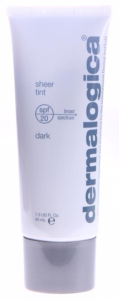 DERMALOGICA Крем тонирующий увлажняющий Темный тон SPF20 / Sheer Tint Dark 40млКремы<br>Увлажняющий тонирующий крем SPF20 Темный тон Sheer Tint Dark - новое средство от американского бренда по уходу за кожей Dermalogica. Тонирующий увлажняющий крем Sheer Tint универсален, так как сочетает в себе функции тонального и увлажняющего крема. Обеспечивает лёгкий тонирующий эффект, равномерный тон лица, защиту от ультрафиолетовых лучей и свободных радикалов, которые провоцируют преждевременное старение. Наряду с этими достоинствами крем обладает увлажняющим действием, способствуя производству коллагена для повышения упругости кожи.&amp;nbsp; Активные ингредиенты:&amp;nbsp;гиалуроновая кислота с поперечными сшивками.&amp;nbsp; Способ применения:&amp;nbsp;тональный крем наносится на подготовленную кожу: очищенную, тонированную, увлажненную.<br><br>Объем: 40 мл<br>Вид средства для лица: Увлажняющий