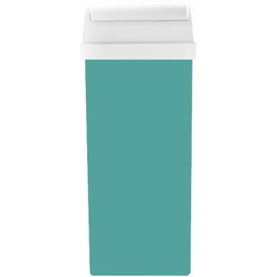 BEAUTY IMAGE Кассета с воском для тела Перламутровый зеленый / ROLL-ON 110млВоски<br>Воск средней плотности, в кассете с широкой насадкой для тела. Воски Beauty Image изготавливают на основе смол растительного происхождения, которые подходят даже для самой чувствительной кожи, входящие в состав активные компоненты оказывают смягчающий, успокаивающий и питательный уход. При нанесении на кожу воск быстро остывает до температуры тела, наносится по росту волос и удаляется при помощи специальной бумаги, для наилучшего эффекта рекомендуется использование средств до и после эпиляции.  Применение: 1. Очистите кожу тоником с помощью ватного диска, высушите салфетками. 2. Вставьте кассету с воском в аппликатор-нагреватель и включите его в сеть. 3. Нагревайте в течение 15-20 минут при температуре 45-50 градусов. 4. Отключить нагреватель от сети! 5. Нанесите воск на кожу по направлению волос, не вынимая кассету из нагревателя. 6. Наложите бумагу для снятия воска на зону эпиляции, оставляя примерно 1 см для захвата бумаги рукой. 7. Зафиксируйте кожу рядом с зоной эпиляции рукой, удалите бумагу резким движением руки против роста волос. Один лист бумаги может использоваться несколько раз. 8. Остатки воска и липкость удаляются при помощи цветочного масла, либо салфеток пропитанных цветочным маслом. 9. После процедуры рекомендуется использовать средства после эпиляции для снятия раздражения, для увлажнения и питания кожи, а так же средства задерживающие рост волос.<br><br>Объем: 110