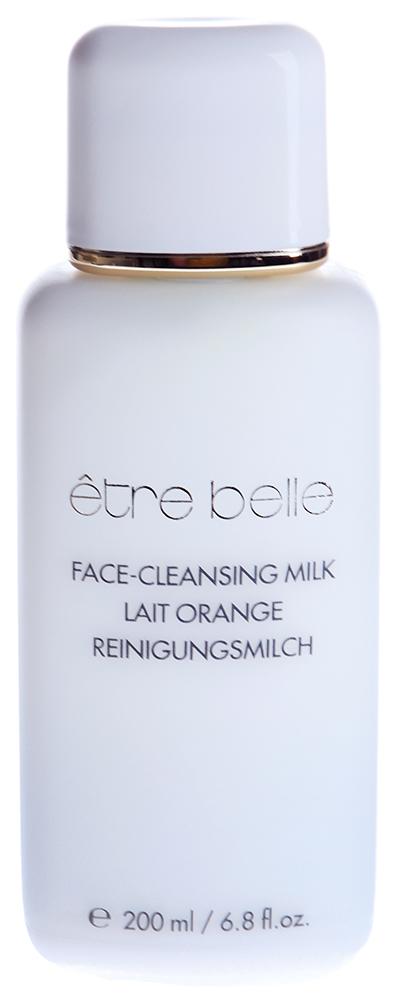 ETRE BELLE Очищающее молочко для сухой кожи / Lait Orange Cleasing Milk 200млМолочко<br>Мягко и тщательно очищает кожу от водо- и жирорастворимых загрязнений, макияжа. Не нарушает природный показатель ph кожи. Увлажняет и питает сухую кожу. Не оставляет чувство стянутости. Подготавливает кожу к дальнейшему уходу. Показание: сухая и обезвоженная кожа Активные вещества: токоферол (витамин Е), Апельсиновый экстракт Способ применения: Небольшое количество очищающего молочка наносится на увлажненное лицо и шею, а затем смывается водой. Молочко экономично при использовании. После очищения кожи молочком воспользуйтесь увлажняющим лосьоном.<br>