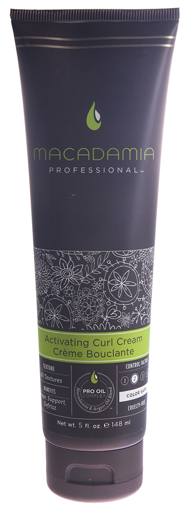 MACADAMIA PROFESSIONAL Крем-активатор для кудрей / Activating Curl Cream 148млКремы<br>Легкий нежирный крем активирует и поддерживает вьющиеся пряди даже на тонких волосах, оставляя их мягкими на ощупь. Избавляет от пушистости, сохраняет укладку объемной, а локоны упругими и эластичными. Активирует и создает подчеркнутую текстуру, подходит для создания изящных, объемных кудрей и волн. Помогает устранить непослушные завитки и пушистость. Сохраняет цвет окрашенных волос, не содержит агрессивных компонентов. Способ применения: нанесите небольшое количество крема (примерно с рублевую монету) на влажные волосы. Высушите с помощью диффузора для увеличения количества и интенсивности кудрей или оставьте до высыхания для естественного эффекта.<br>