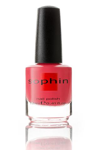 SOPHIN Лак для ногтей, кораллово-розовый 12млЛаки<br>Коллекция лаков SOPHIN очень разнообразна и соответствует современным веяньям моды. Огромное количество цветов и оттенков дает возможность создать законченный образ на любой вкус. Удобный колпачок не скользит в руках, что облегчает и позволяет контролировать процесс нанесения лака. Флакон очень эргономичен, лак легко стекает по стенкам сосуда во внутреннюю чашу, что позволяет расходовать его полностью. И что самое главное - форма флакона позволяет сохранять однородность лаков с блестками, глиттером, перламутром. Кисть средней жесткости из натурального волоса обеспечивает легкое, ровное и гладкое нанесение. Кораллово-розовый лак кремово-желейной текстуры&amp;nbsp; Для плотного покрытия потребуется два слоя&amp;nbsp; Отличный глянцевый финиш Big5free Активные ингредиенты. Состав: ethyl acetate, butyl acetate, nitrocellulose, acetyl tributyl citrate, isopropyl alcohol, adipic acid/neopentyl glycol/trimellitic anhydride copolymer, stearalkonium bentonite, n-butyl alcohol, styrene/acrylates copolymer, silica, benzophenone-1, trimethylpentanedyl dibenzoate, polyvinyl butyral.<br><br>Цвет: Розовые<br>Виды лака: Глянцевые