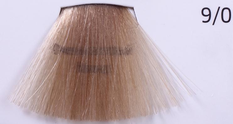 WELLA 9/0 очень светлый блонд краска д/волос / Koleston Perfect Innosense 60млКраски<br>9/0 очень светлый блондПремиальная линия оттенков для насыщенного стойкого окрашивания с сохранением всех выдающихся качеств Wella Koleston Perfect. Уменьшается риск возникновения аллергии на основе революционной молекулы ME+. На 100% закрашивает седину. Придает больше блеска. Осветление до 3 уровней. Превосходная стойкость и равномерность. Глубокие насыщенные цвета. Для ярких многогранных образов. Способ применения: Темнее / тон в тон / на 1 тон светлее 1:1 Осветление на 2 тона 1:1 Осветление на 3 тона 1:1 При окрашивании седых волос необходимо добавление Чистого Натурального тона для достижения желаемого покрытия седины. Окрашивание отросших корней: нанести красящую смесь только на прикорневую часть, с теплом: 15-25 минут, без тепла: 30-40 минут. Окрашивание всей массы волос: тон в тон/темнее: нанести красящую смесь по всей длине волос от корней до концов, с теплом: 15-25 минут, без тепла: 30-40 минут. Осветление: Шаг 1:Нанести краску только по длине волос и на концы, с теплом: 10 минут, без тепла: 20 минут. Красные оттенки: с теплом: 15 минут, без тепла: 30 минут. Шаг 2:Нанести на прикорневую часть, с теплом: 15-25 минут, без тепла: 30-40 минут.<br><br>Цвет: Блонд<br>Вид средства для волос: Стойкая<br>Типы волос: Седые