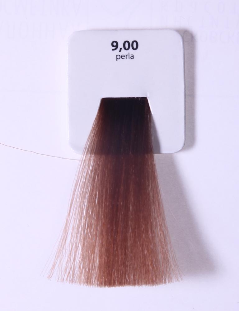 KAARAL 9.00 краска для волос / Sense COLOURS 100млКраски<br>9.00 очень светлый интенсивный блондин (жемчуг) Перманентные красители. Классический перманентный краситель бизнес класса. Обладает высокой покрывающей способностью. Содержит алоэ вера, оказывающее мощное увлажняющее действие, кокосовое масло для дополнительной защиты волос и кожи головы от агрессивного воздействия химических агентов красителя и провитамин В5 для поддержания внутренней структуры волоса. При соблюдении правильной технологии окрашивания гарантировано 100% окрашивание седых волос. Палитра включает 93 классических оттенка. Способ применения: Приготовление: смешивается с окислителем OXI Plus 6, 10, 20, 30 или 40 Vol в пропорции 1:1 (60 г красителя + 60 г окислителя). Суперосветляющие оттенки смешиваются с окислителями OXI Plus 40 Vol в пропорции 1:2. Для тонирования волос краситель используется с окислителем OXI Plus 6Vol в различных пропорциях в зависимости от желаемого результата. Нанесение: провести тест на чувствительность. Для предотвращения окрашивания кожи при работе с темными оттенками перед нанесением красителя обработать краевую линию роста волос защитным кремом Вaco. ПЕРВИЧНОЕ ОКРАШИВАНИЕ Нанести краситель сначала по длине волос и на кончики, отступив 1-2 см от прикорневой части волос, затем нанести состав на прикорневую часть. ВТОРИЧНОЕ ОКРАШИВАНИЕ Нанести состав сначала на прикорневую часть волос. Затем для обновления цвета ранее окрашенных волос нанести безаммиачный краситель Easy Soft. Время выдержки: 35 минут. Корректоры Sense. Используются для коррекции цвета, усиления яркости оттенков, создания новых цветовых нюансов, а также для нейтрализации нежелательных оттенков по законам хроматического круга. Содержат аммиак и могут использоваться самостоятельно. Оттенки: T-AG - серебристо-серый, T-M - фиолетовый, T-B - синий, T-RO - красный, T-D - золотистый, 0.00 - нейтральный. Способ применения: для усиления или коррекции цвета волос от 2 до 6 уровней цвета корректоры добавляются в кра