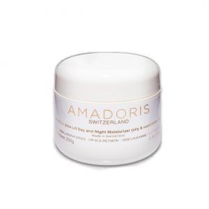AMADORIS Крем лифтинг 24-часовой для сухой и чувствительной кожи Beautylux 250млКремы<br>Разработан специально для удовлетворения потребностей сухой и чувствительной кожи. Имеет множество положительных эффектов, поскольку содержит комплекс Ботолюкс, состоящий из гексапептидов антиморщинного действия, в комбинации с натриевым ПКА с амино- и глютаминовыми кислотами и коктейлем растительных экстрактов из корня женьшеня, зеленого чая, бессмертника, камнеломки и конского каштана. Botolux лифтинг крем 24-часовой для сухой и чувствительной кожи высокоэффективно уменьшает глубину мимических морщин. Помогает Вашей коже регенерироваться и сохранять здоровое естественное сияние.  Активные ингредиенты: IDEM=Ботолюкс комплекс, Каррагенан, масло из виноградных косточек, экстракты: зелёного чая, женьшеня, камнеломки, Вит.Е, Пентавитин.  Способ применения: Наносить утром и вечером на тщательно очищенную и обработанную тоником кожу лица и шеи легкими круговыми движениями снизу вверх до полного впитывания.<br>