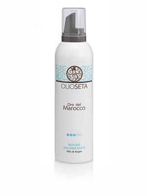 BAREX Мусс-объем Золото Марокко/ OLIOSETA ORO DEL MOROCCO 250млМуссы<br>Volumizing Mousse Создает гибкие и объемные формы для ультраблестящей и длительной укладки. Защищает волосы от влажности и от жесткости. Средней фиксации, идеален для придания плотности и объема вьющимся волосам. Способ применения: Хорошо взболтать, перевернуть баллон, выдавить нужное количество и нанести на влажные волосы. Укладка феном - для суперобъема, натуральное высушивание - для легких и пластичных форм.<br>