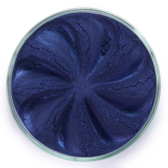 ERA MINERALS Тени минеральные J40 / Mineral Eyeshadow, Jewel 1 грТени<br>Тени для век Jewel обеспечивают комплексное покрытие, своим сиянием напоминающее как глубину, так и лучезарный блеск драгоценного камня. Текстура теней содержит в себе цвет-основу с содержанием крошечных мерцающих частиц, превосходно сочетающихся с основным цветом. Сильные и яркие минеральные пигменты&amp;nbsp; Можно наносить как влажным, так и сухим способом&amp;nbsp; Без отдушек и содержания масел, для всех типов кожи&amp;nbsp; Дерматологически протестировано, не аллергенно&amp;nbsp; Не тестировано на животных&amp;nbsp; Активные ингредиенты: слюда, нитрид бора, миристат магния, диоксид кремния, алюмоборосиликат. Может содержать: стеарат магния, кармин, каолин, ультрамарин, зеленый оксид хрома, берлинская лазурь, оксиды железа, фиолетовый марганец, оксид титана, диоксид титана. Способ применения: Поместите небольшое количество минеральных теней в крышку от контейнера или на палитру для косметики.&amp;nbsp; Наберите средство, используя одну из наших кистей для бровей и ресниц.&amp;nbsp; Чтобы избежать осыпания, не набирайте на кисть слишком большое количество теней.&amp;nbsp; Нанесите тени четкими короткими штрихами, заполняя редкие зоны линии бровей.&amp;nbsp; Наносите тени в обратную от роста волос сторону, затем пригладьте по направлению роста волос.&amp;nbsp; Для получения четкой тонкой линии наносите влажной кистью, а для мягкого эффекта - сухой.&amp;nbsp; Если вы используете пробные образцы, будет удобный, если насыпать небольшое количество минеральных теней на палитру для косметики или небольшую тарелочку, чтобы было проще заполнить ворсинки кисти.<br><br>Объем: 1 гр