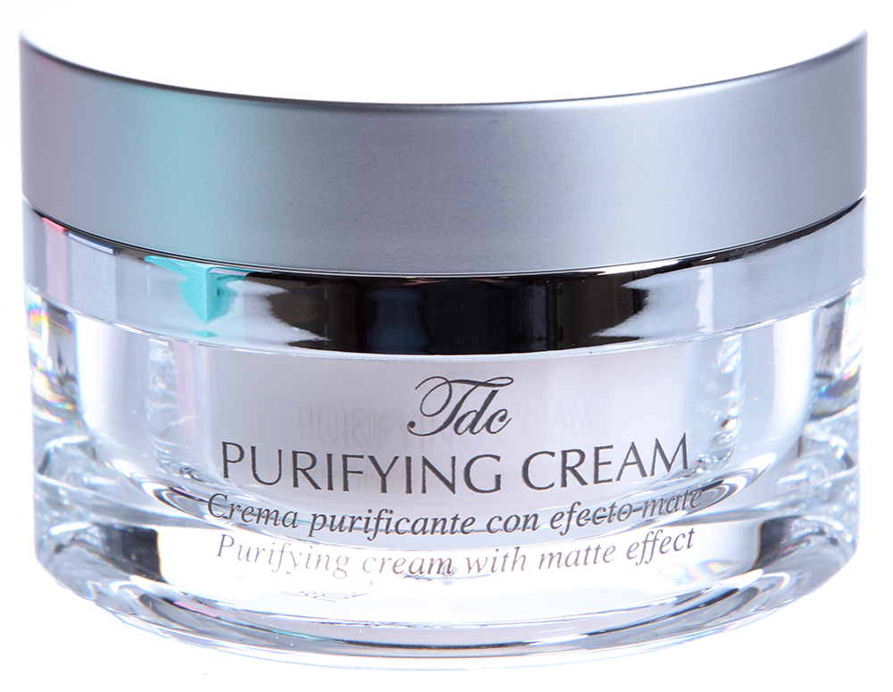 TEGOR Крем для нормальной и жирной кожи / Purifying Cream OIL CLEAN 50млКремы<br>Одним из основных компонентов крема &amp;laquo;Purifying cream&amp;raquo; от Тегор является экстракт иланг-иланга, который оказывает омолаживающее и разглаживающее действие, интенсивно увлажняет и разглаживает кожу, устраняет угревую сыпь, активизирует рост клеток в глубоких кожных слоях, препятствуя тем самым преждевременному старению кожи, снимает разного рода воспаления и раздражения, прекрасно ароматизирует и дезодорирует кожу. Регулярное применение крема  Purifying cream  от Tegor придаст вашей коже приятную бархатистость и восхитительную матовость.   Активный состав: Экстракты иланг-иланга, мирры, крапивы, ивы, алоэ, горечавки, чая и лопуха, витамины А, С и Е, гиалуроновая кислота, бисаболол, пивные дрожжи. Способ применения: Нанесите необходимое количество крема  Purifying cream  от Тегор на чистую кожу. Массируйте до полного впитывания.<br><br>Объем: 50<br>Вид средства для лица: Разглаживающий
