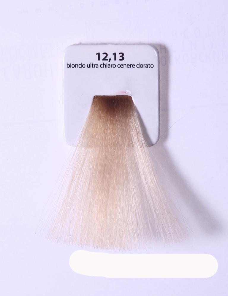KAARAL 12.13 краска для волос / Sense COLOURS 100млКраски<br>12.13 экстра светлый пепельно-золотистый блондин Перманентные красители. Классический перманентный краситель бизнес класса. Обладает высокой покрывающей способностью. Содержит алоэ вера, оказывающее мощное увлажняющее действие, кокосовое масло для дополнительной защиты волос и кожи головы от агрессивного воздействия химических агентов красителя и провитамин В5 для поддержания внутренней структуры волоса. При соблюдении правильной технологии окрашивания гарантировано 100% окрашивание седых волос. Палитра включает 93 классических оттенка. Способ применения: Приготовление: смешивается с окислителем OXI Plus 6, 10, 20, 30 или 40 Vol в пропорции 1:1 (60 г красителя + 60 г окислителя). Суперосветляющие оттенки смешиваются с окислителями OXI Plus 40 Vol в пропорции 1:2. Для тонирования волос краситель используется с окислителем OXI Plus 6Vol в различных пропорциях в зависимости от желаемого результата. Нанесение: провести тест на чувствительность. Для предотвращения окрашивания кожи при работе с темными оттенками перед нанесением красителя обработать краевую линию роста волос защитным кремом Вaco. ПЕРВИЧНОЕ ОКРАШИВАНИЕ Нанести краситель сначала по длине волос и на кончики, отступив 1-2 см от прикорневой части волос, затем нанести состав на прикорневую часть. ВТОРИЧНОЕ ОКРАШИВАНИЕ Нанести состав сначала на прикорневую часть волос. Затем для обновления цвета ранее окрашенных волос нанести безаммиачный краситель Easy Soft. Время выдержки: 35 минут. Корректоры Sense. Используются для коррекции цвета, усиления яркости оттенков, создания новых цветовых нюансов, а также для нейтрализации нежелательных оттенков по законам хроматического круга. Содержат аммиак и могут использоваться самостоятельно. Оттенки: T-AG - серебристо-серый, T-M - фиолетовый, T-B - синий, T-RO - красный, T-D - золотистый, 0.00 - нейтральный. Способ применения: для усиления или коррекции цвета волос от 2 до 6 уровней цвета корректоры добавляются в к