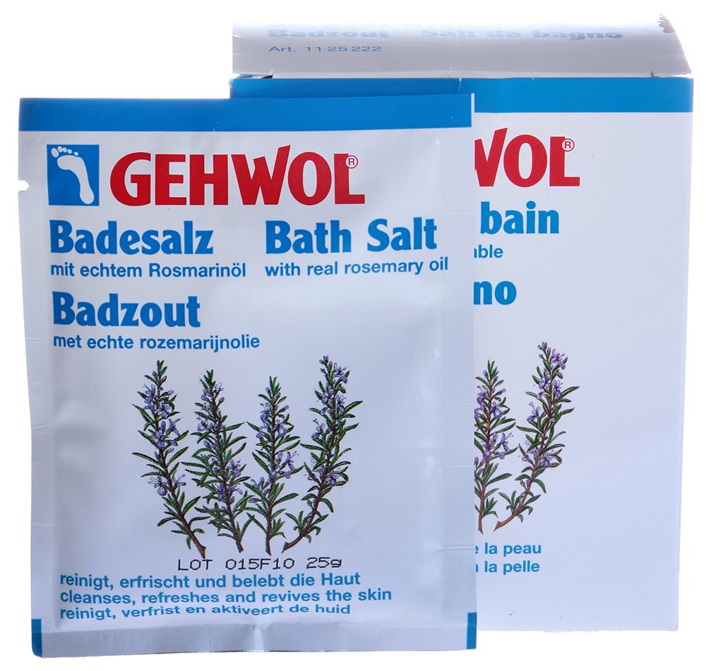 GEHWOL Соль с розмарином для ванны 25грСоли<br>Эффективное средство для снятия усталости и тяжести в ногах.&amp;nbsp;Соль подходит как для ванны ног, так и для общей ванны тела.&amp;nbsp;Благодаря способности отдельных ингредиентов глубоко проникать в поры, ванна предотвращает чрезмерное потоотделение и неприятный запах. Регулярное применение ванны защищает от грибковых инфекций. Активные ингредиенты: масло розмарина, диоксид кремния, хлороксиленол, триклозан. Эфирное масло розмарина стимулирует и активизирует кровообращение, поэтому рекомендуется как средство, согревающее и снимающее боль в ногах (венах). Способ применения: для ванны ног один порционный пакет растворить в 4 л. теплой воды и купать ноги в течение 15-20 минут. Для общей ванны растворить 3 порционных пакета в теплой ванне. Массаж в воде усилит действие средства.<br><br>Объем: 25 гр
