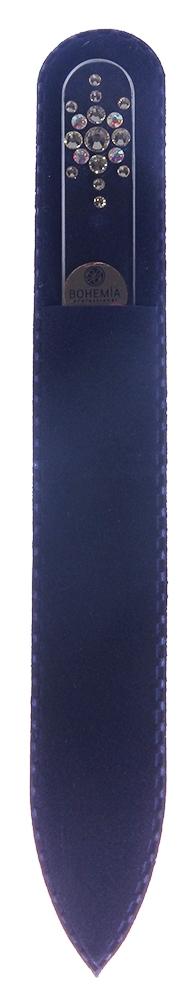 BOHEMIA PROFESSIONAL Пилочка стеклянная прозрачная Снежинка 135ммПилки для ногтей<br>Нет ничего лучше для натуральных ногтей, чем пилка из богемского хрусталя. Данный материал имеет практически неограниченный срок использования. Пилки Bohemia Professional имеют наиболее стойкий абразив. Пилка из богемского хрусталя также может стать стильным аксессуаром или красивым подарком. Bohemia Professional представляет Вам огромный выбор прозрачных и цветных пилок с декором: ручная роспись, декорация стразами, пилки с логотипом, и полноцветные изображения. Инструмент можно стерилизовать и обрабатывать химическими дезинфекторами, антисептиками.<br>