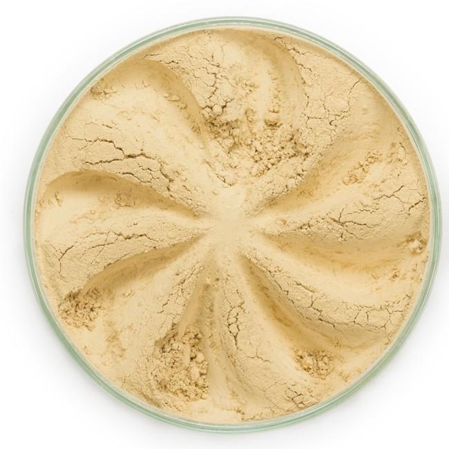 ERA MINERALS Основа тональная минеральная 254 / Mineral Foundation, Velvet 7 грТональные основы<br>Основа Velvet подходит для нормальной и склонной к сухости кожи, обеспечивает легкое или умеренное покрытие с матирующим эффектом. Без отдушек и масел, для всех типов кожи&amp;nbsp; Водостойкое, долгосрочное покрытие&amp;nbsp; Широкий спектр фильтров UVB/UVA, протестированных при SPF 30+&amp;nbsp; Некомедогенно, не блокирует поры&amp;nbsp; Дерматологически протестировано, не аллергенно Антибактериальные ингредиенты, помогает успокоить раздраженную кожу&amp;nbsp; Состоит из неактивных минералов, не способствует развитию бактерий&amp;nbsp; Не тестировано на животных&amp;nbsp; Минеральная тональная основа Era Minerals заменит любой тональный крем, поскольку создает безупречное покрытие, обеспечивая естественный вид; разглаживает и выравнивает тон кожи, аккуратно скрывая ее недостатки, а при нанесении в несколько слоев остается невесомой и стойкой. Она состоит из природных минеральных пигментов, обеспечивая поддержание здоровья кожи, защищает от солнечного воздействия, предотвращая появление солнечных ожогов и раннее старение кожи. Выберите подходящую для вас формулу минеральной основы   разработанную индивидуально для каждого типа кожи. Эти формулы различаются по интенсивности покрытия и завершению макияжа. Активные ингредиенты: слюда (CI 77019), оксид цинка (CI 77947), диоксид титана (CI 77891), лаурил лизин. Может содержать (+/-): оксиды железа (CI 77489, CI 77491, CI 77492, CI 77499). При производстве этого отттенка не использовались продукты животного происхождения.&amp;nbsp; В состав нашей минеральной косметики НЕ ВХОДЯТ: хлорокись висмута, тальк, силиконы, парабены, ГМО, нефтехимические вещества, фталаты, сульфаты, ароматизаторы, синтетические красители или наночастицы. Способ применения: Перед нанесением минеральной косметики кожа должна быть чистой и хорошо увлажненной, но сухой на ощупь.&amp;nbsp; Опционально можно использовать&amp;nbsp;Базу под макияж, чтобы под