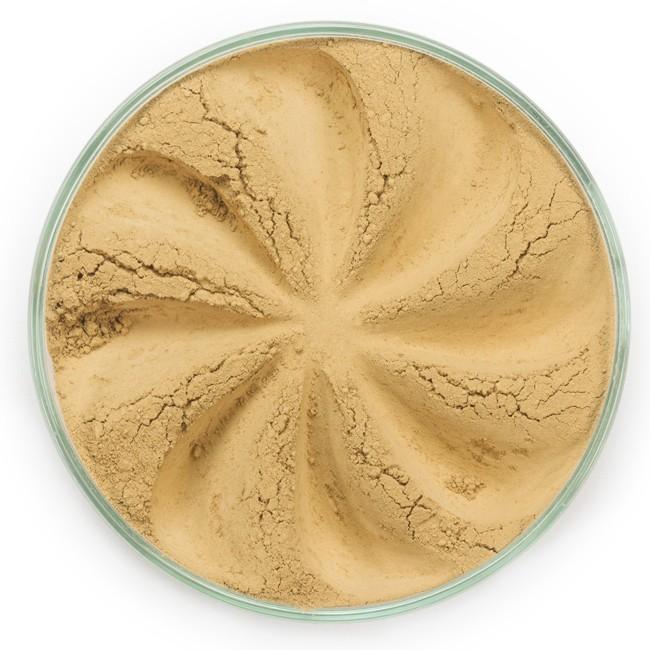 ERA MINERALS Основа тональная минеральная 146 / Mineral Foundation, Surreal 7 грТональные основы<br>Основа Surreal подходит для всех типов кожи. Обеспечивает плотное или умеренное покрытие с легким матовым эффектом. Без отдушек и масел, для всех типов кожи&amp;nbsp; Водостойкое, долгосрочное покрытие&amp;nbsp; Широкий спектр фильтров UVB/UVA, протестированных при SPF 30+&amp;nbsp; Некомедогенно, не блокирует поры&amp;nbsp; Дерматологически протестировано, не аллергенно Антибактериальные ингредиенты, помогает успокоить раздраженную кожу&amp;nbsp; Состоит из неактивных минералов, не способствует развитию бактерий&amp;nbsp; Не тестировано на животных&amp;nbsp; Минеральная тональная основа Era Minerals заменит любой тональный крем, поскольку создает безупречное покрытие, обеспечивая естественный вид; разглаживает и выравнивает тон кожи, аккуратно скрывая ее недостатки, а при нанесении в несколько слоев остается невесомой и стойкой. Она состоит из природных минеральных пигментов, обеспечивая поддержание здоровья кожи, защищает от солнечного воздействия, предотвращая появление солнечных ожогов и раннее старение кожи. Выберите подходящую для вас формулу минеральной основы   разработанную индивидуально для каждого типа кожи. Эти формулы различаются по интенсивности покрытия и завершению макияжа. Активные ингредиенты: слюда (CI 77019), оксид цинка (CI 77947), диоксид титана (CI 77891), лаурил лизин. Может содержать (+/-): оксиды железа (CI 77489, CI 77491, CI 77492, CI 77499). При производстве этого отттенка не использовались продукты животного происхождения.&amp;nbsp; В состав нашей минеральной косметики НЕ ВХОДЯТ: хлорокись висмута, тальк, силиконы, парабены, ГМО, нефтехимические вещества, фталаты, сульфаты, ароматизаторы, синтетические красители или наночастицы. Способ применения: Перед нанесением минеральной косметики кожа должна быть чистой и хорошо увлажненной, но сухой на ощупь.&amp;nbsp; Опционально можно использовать&amp;nbsp;Базу под макияж, чтобы подготовить кожу 
