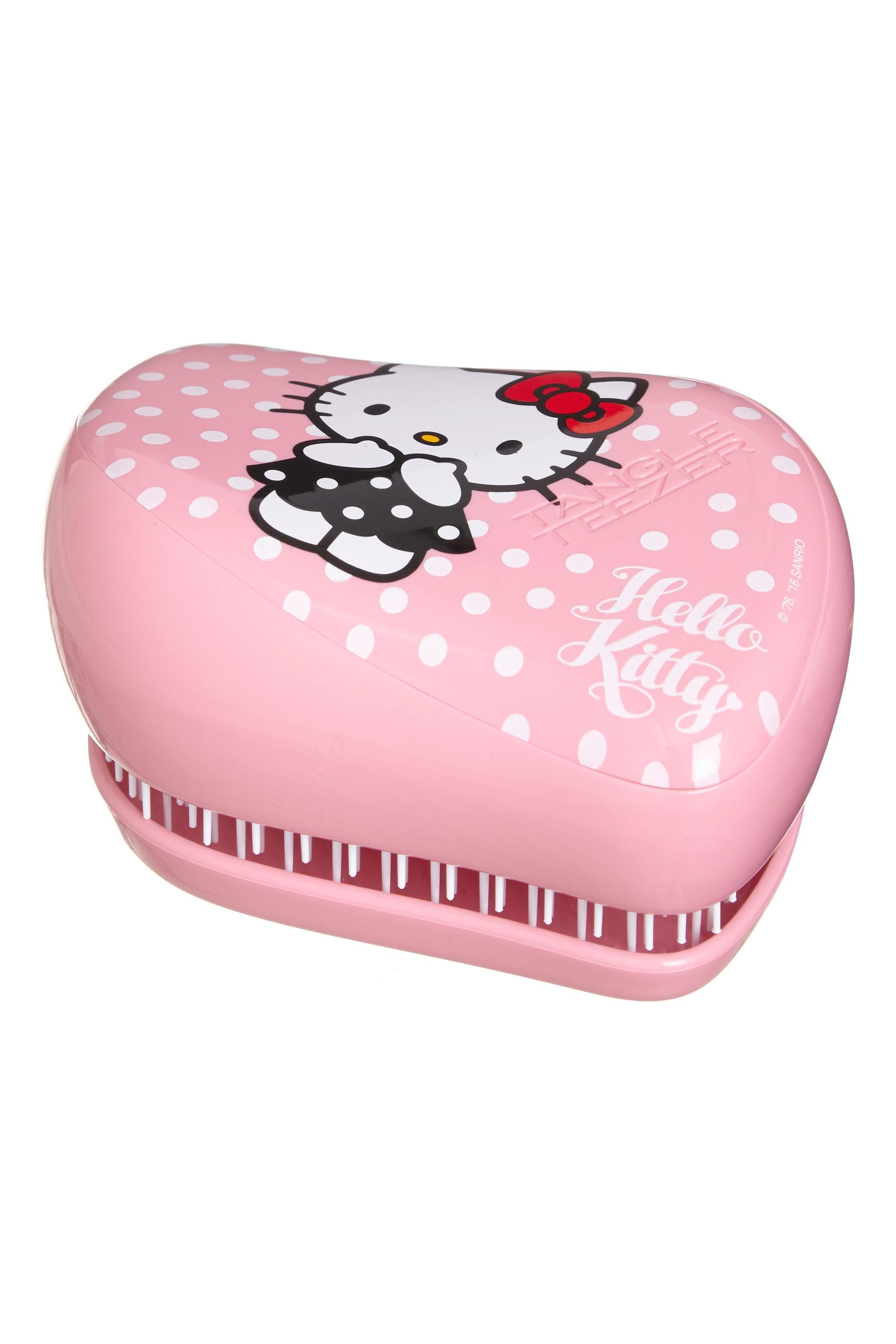 TANGLE TEEZER Расческа / Tangle Teezer Compact Styler Hello Kitty PinkРасчески<br>Профессиональная распутывающая расческа Tangle Teezer идеально подходит для всех типов волос. Оригинальная форма зубчиков обеспечивает двойное действие и позволяет расчесать сухие и влажные волосы легко и быстро, без рывков и усилий. Благодаря эргономичной форме расчёска удобно ложится в ладонь, позволяя более творчески подойти к процессу укладки. Активные ингредиенты. Состав: гипоаллергенный пластик. Способ применения: оригинальная форма зубчиков обеспечивает двойное действие и позволяет быстро и безболезненно расчесать влажные и сухие волосы. Благодаря эргономичному дизайну, расческу удобно держать в руках, не опасаясь выскальзывания. Расческа дополнена удобным футляром.<br><br>Класс косметики: Профессиональная<br>Типы волос: Для всех типов