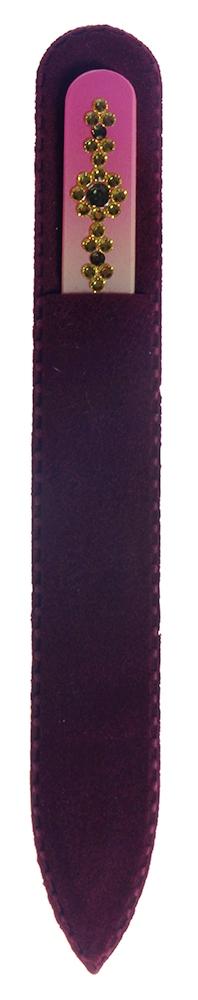 BOHEMIA PROFESSIONAL Пилочка стеклянная цветная Орнамент 3 135ммПилки для ногтей<br>Нет ничего лучше для натуральных ногтей, чем пилка из богемского хрусталя. Данный материал имеет практически неограниченный срок использования. Пилки Bohemia Professional имеют наиболее стойкий абразив. Пилка из богемского хрусталя также может стать стильным аксессуаром или красивым подарком. Bohemia Professional представляет Вам огромный выбор прозрачных и цветных пилок с декором: ручная роспись, декорация стразами, пилки с логотипом, и полноцветные изображения. Инструмент можно стерилизовать и обрабатывать химическими дезинфекторами, антисептиками.<br>