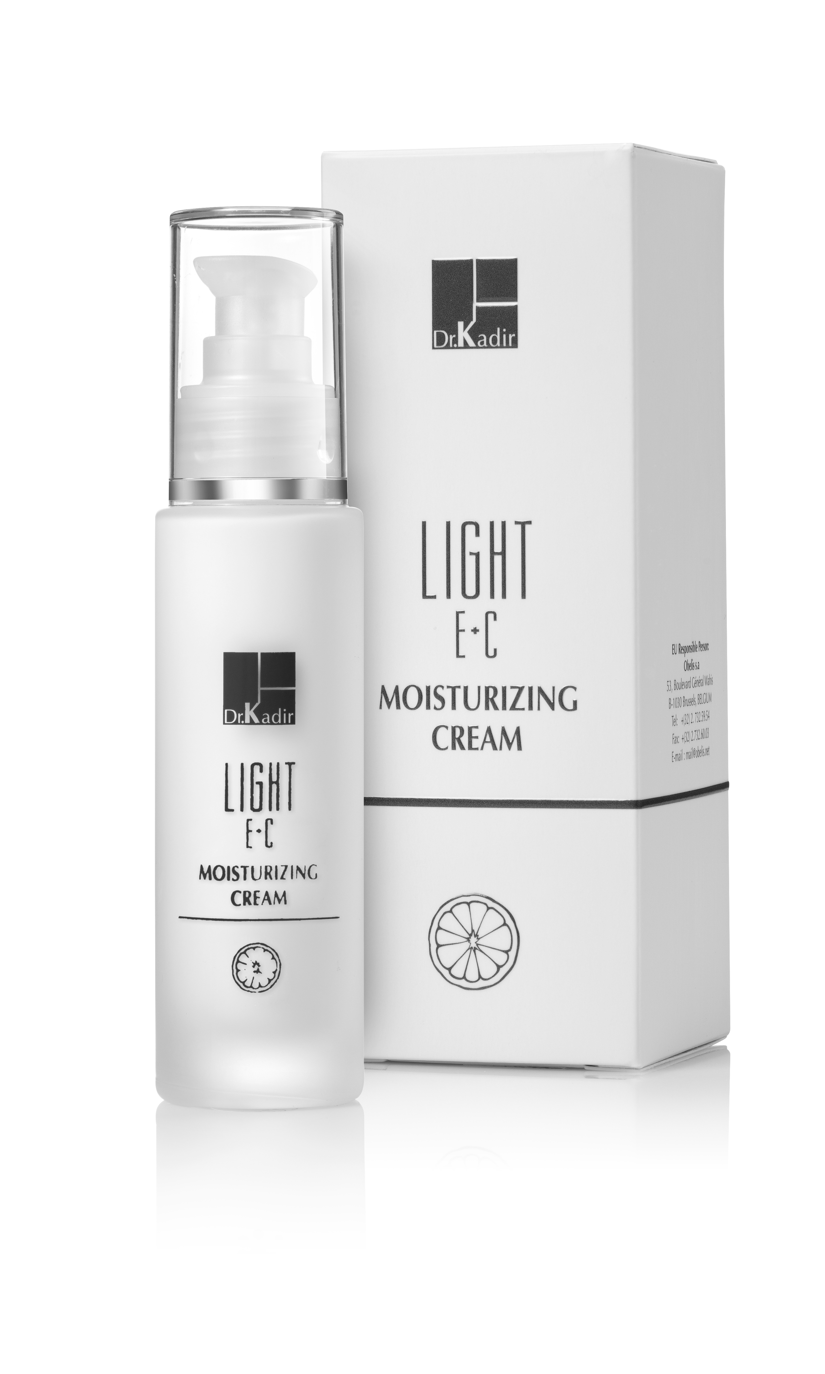 DR KADIR Крем увлажняющий c витаминами Е+С / LIGHT E+C 50млКремы<br>Light E+C Moisturizer Cream: Легкий тающий крем на безмасляной (водной) основе.. Обладает сильным антиоксидантным свойством, что делает его незаменимым при осветлении кожи, увеличивает синтез коллагена в коже и подавляет ферменты ММП. Крем содержит эффективные ингредиенты, защищающие от воздействия УФA и УФB лучей SPF15. Прекрасно увлажняет кожу, быстро впитывается, оставляя кожу нежной и благоухающей. Активные ингредиенты: витамин Е, витамин С, экстракт кактуса опунция фикус-индика. Способ применения: нанести крем тонким слоем на чистую кожу.<br><br>Защита от солнца: None<br>Вид средства для лица: Увлажняющий