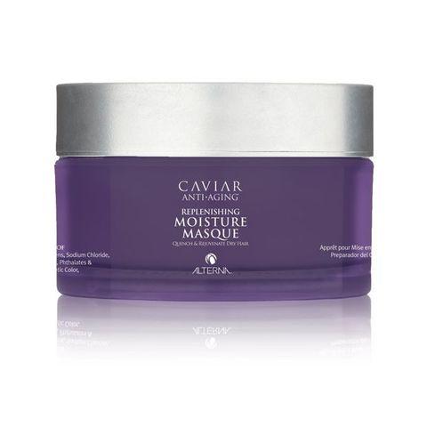 ALTERNA Маска Интенсивное восстановление и увлажнение / Caviar Anti-aging Replenishing Moisture 161млМаски<br>Маска для волос с морским шелком интенсивный увлажняет, восстанавливает сухие волосы, придавая им мягкость, шелковистость и оказывая омолаживающий эффект. Также маска от Alterna защищает интенсивность цвета окрашенных волос. Рекомендуется для сухих, поврежденных волос и волос после химической обработки. Активные ингредиенты: морской шелк. Способ применения: нанесите небольшое количество маски на вымытые влажные волосы, оберните их горячим полотенцем и подержите 20-30 минут. Затем тщательно смойте остатки продукта. Применяйте средство один раз в неделю вместо кондиционера.<br>