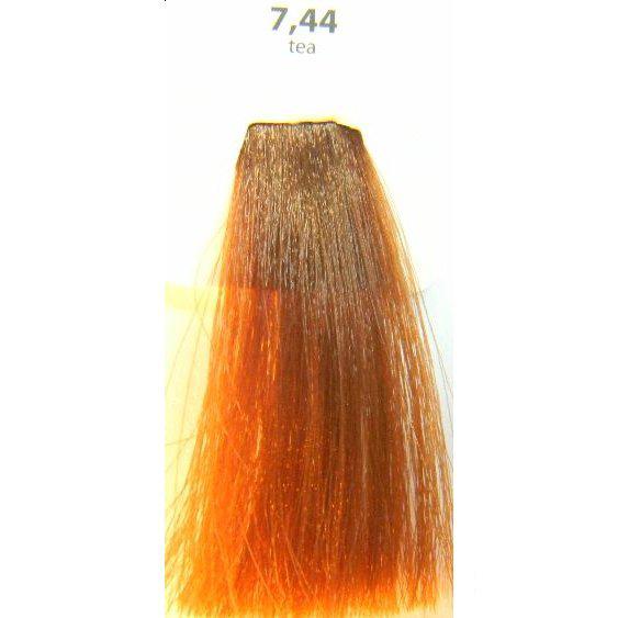 KAARAL 7.44 краска для волос / Sense COLOURS 100млКраски<br>7.44 - интенсивно -&amp;nbsp;медный блондин (чай) Перманентные красители. Классический перманентный краситель бизнес класса. Обладает высокой покрывающей способностью. Содержит алоэ вера, оказывающее мощное увлажняющее действие, кокосовое масло для дополнительной защиты волос и кожи головы от агрессивного воздействия химических агентов красителя и провитамин В5 для поддержания внутренней структуры волоса. При соблюдении правильной технологии окрашивания гарантировано 100% окрашивание седых волос. Палитра включает 93 классических оттенка. Способ применения: Приготовление: смешивается с окислителем OXI Plus 6, 10, 20, 30 или 40 Vol в пропорции 1:1 (60 г красителя + 60 г окислителя). Суперосветляющие оттенки смешиваются с окислителями OXI Plus 40 Vol в пропорции 1:2. Для тонирования волос краситель используется с окислителем OXI Plus 6Vol в различных пропорциях в зависимости от желаемого результата. Нанесение: провести тест на чувствительность. Для предотвращения окрашивания кожи при работе с темными оттенками перед нанесением красителя обработать краевую линию роста волос защитным кремом Вaco. ПЕРВИЧНОЕ ОКРАШИВАНИЕ Нанести краситель сначала по длине волос и на кончики, отступив 1-2 см от прикорневой части волос, затем нанести состав на прикорневую часть. ВТОРИЧНОЕ ОКРАШИВАНИЕ Нанести состав сначала на прикорневую часть волос. Затем для обновления цвета ранее окрашенных волос нанести безаммиачный краситель Easy Soft. Время выдержки: 35 минут. Корректоры Sense. Используются для коррекции цвета, усиления яркости оттенков, создания новых цветовых нюансов, а также для нейтрализации нежелательных оттенков по законам хроматического круга. Содержат аммиак и могут использоваться самостоятельно. Оттенки: T-AG - серебристо-серый, T-M - фиолетовый, T-B - синий, T-RO - красный, T-D - золотистый, 0.00 - нейтральный. Способ применения: для усиления или коррекции цвета волос от 2 до 6 уровней цвета корректоры добавляются в к