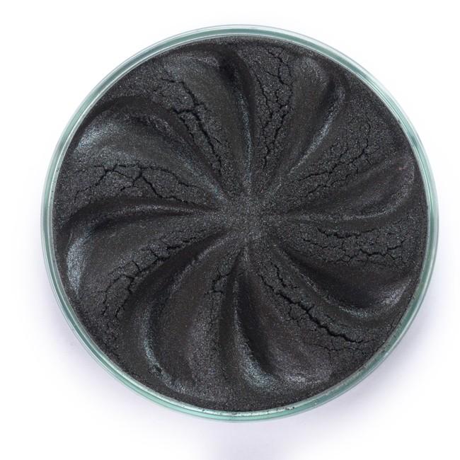 ERA MINERALS Тени минеральные J38 / Mineral Eyeshadow, Jewel 1 грТени<br>Тени для век Jewel обеспечивают комплексное покрытие, своим сиянием напоминающее как глубину, так и лучезарный блеск драгоценного камня. Текстура теней содержит в себе цвет-основу с содержанием крошечных мерцающих частиц, превосходно сочетающихся с основным цветом. Сильные и яркие минеральные пигменты&amp;nbsp; Можно наносить как влажным, так и сухим способом&amp;nbsp; Без отдушек и содержания масел, для всех типов кожи&amp;nbsp; Дерматологически протестировано, не аллергенно&amp;nbsp; Не тестировано на животных&amp;nbsp; Активные ингредиенты: слюда, нитрид бора, миристат магния, диоксид кремния, алюмоборосиликат. Может содержать: стеарат магния, кармин, каолин, ультрамарин, зеленый оксид хрома, берлинская лазурь, оксиды железа, фиолетовый марганец, оксид титана, диоксид титана. Способ применения: Поместите небольшое количество минеральных теней в крышку от контейнера или на палитру для косметики.&amp;nbsp; Наберите средство, используя одну из наших кистей для бровей и ресниц.&amp;nbsp; Чтобы избежать осыпания, не набирайте на кисть слишком большое количество теней.&amp;nbsp; Нанесите тени четкими короткими штрихами, заполняя редкие зоны линии бровей.&amp;nbsp; Наносите тени в обратную от роста волос сторону, затем пригладьте по направлению роста волос.&amp;nbsp; Для получения четкой тонкой линии наносите влажной кистью, а для мягкого эффекта - сухой.&amp;nbsp; Если вы используете пробные образцы, будет удобный, если насыпать небольшое количество минеральных теней на палитру для косметики или небольшую тарелочку, чтобы было проще заполнить ворсинки кисти.<br><br>Объем: 1 гр