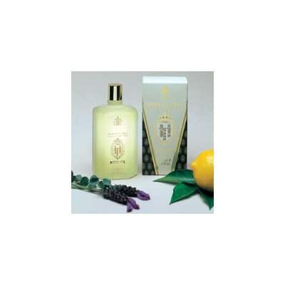 TRUEFITT HILL Масло для ванны / T&amp;H Bath Oil 100млТело<br>Cодержит уникальную смесь эфирных масел, обладающую лечебными свойствами. В стеклянной бутылке. Способ применения: Добавить несколько капель масла в воду перед приемом ванн.<br><br>Объем: 100<br>Пол: Мужской