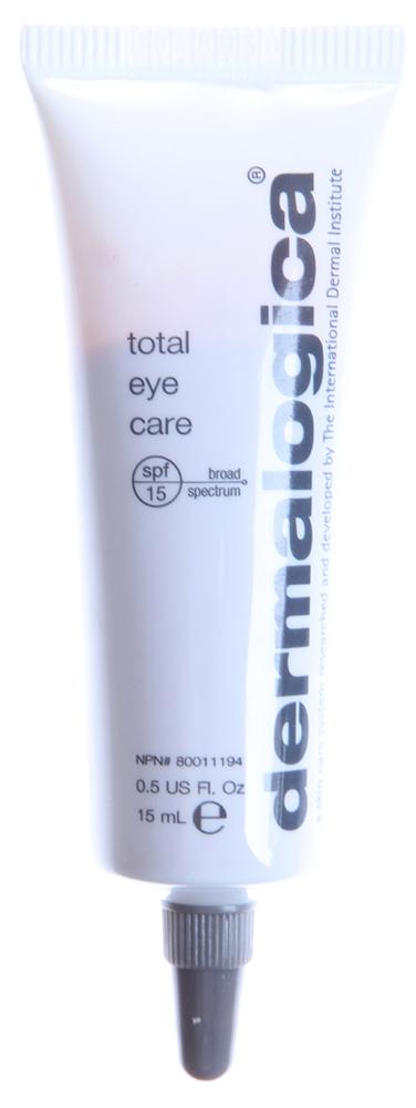 DERMALOGICA Крем комплексный для глаз SPF15 / Total Eye Care 15млКремы<br>Комплексный крем для глаз Total Eye Care &amp;ndash; это универсальное средство для разглаживания морщин и снятия отеков под глазами. Крем содержит молочную кислоту, улучшающую структуру кожи, и диоксид титана, который обеспечивает полную защиту от солнечных лучей и предотвращает преждевременное старение кожи.  Активные ингредиенты: Молочная кислота, диоксид титана.  Способ применения: Нанесите небольшое количество продукта легкими движениями от наружного угла глаза к внутреннему. Используйте ежедневно как самостоятельное средство ухода или как основу под макияж.<br><br>Класс косметики: Универсальная<br>Назначение: Морщины