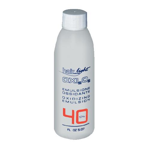 HAIR COMPANY Эмульсия окисляющая 12% / Emulsione Ossidante HAIR LIGHT 150млОкислители<br>Окисляющая эмульсия разработана специально для красителя Hair Light Crema Colorante и осветляющего порошка Hair Light Polvere Decolorante. Содержит активные ухаживающие компоненты, максимально защищающие во время процесса окрашивания и осветления волос. Гарантирует получение однородных, легконаносимых смесей. Выпускается в пяти концентрациях : 1,5% - тон в тон или темнее; 3% - окрашивание тон в тон или темнее; 6% - осветление на один тон, тон в тон, для 100% покрытия седины; 9% - осветление на 2-3 тона, идеален для светлых и супер светлых тонов; 12% - осветление на 3-4 тона, идеален для светлых и супер светлых тонов.<br><br>Объем: 150<br>Содержание кислоты: 12%<br>Вид средства для волос: Осветляющая