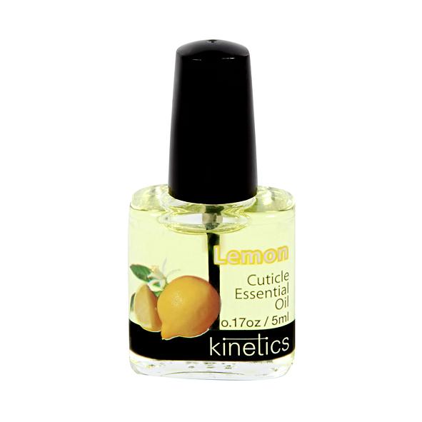 KINETICS Масло увлажняющее кутикулу и ногтевую пластину Lemon (лимон) 5 млДля кутикулы<br>Превосходный выбор для ухода за ногтями на бегу, эти удобные флаконы с маслом для кутикулы являются портативным вариантом для тех, кто поддерживает увлажнение ногтей с проверенными маслами Kinetics. &amp;nbsp; Рекомендации:&amp;nbsp;это средство с запахом лимона, рекомендованное для ежедневного использования, чтобы улучшить состояние ногтей и кутикулы. Масло стимулирует рост ногтей, увлажняет и смягчает кутикулу. При ежедневном использовании улучшает состояние ногтей, сохраняет кутикулу эластичной и здоровой, заботится о сухой и раздраженной кутикуле. Способ применения:&amp;nbsp;нанесите каплю масла на кутикулу и ногтевую пластину. Массажируя с нежными круговыми движениями. Применять ежедневно.<br><br>Объем: 5 мл