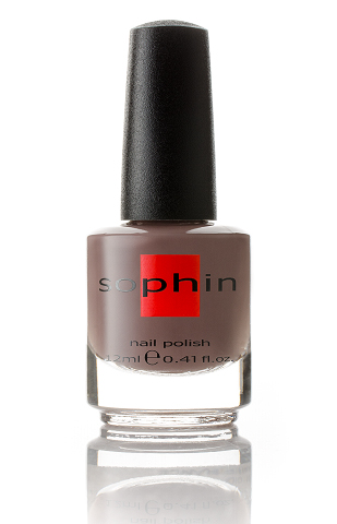 SOPHIN Лак для ногтей, коричневый крем 12млЛаки<br>Коллекция лаков SOPHIN очень разнообразна и соответствует современным веяньям моды. Огромное количество цветов и оттенков дает возможность создать законченный образ на любой вкус. Удобный колпачок не скользит в руках, что облегчает и позволяет контролировать процесс нанесения лака. Флакон очень эргономичен, лак легко стекает по стенкам сосуда во внутреннюю чашу, что позволяет расходовать его полностью. И что самое главное - форма флакона позволяет сохранять однородность лаков с блестками, глиттером, перламутром. Кисть средней жесткости из натурального волоса обеспечивает легкое, ровное и гладкое нанесение. Big5free! Активные ингредиенты. Состав: ethyl acetate, butyl acetate, nitrocellulose, acetyl tributyl citrate, isopropyl alcohol, adipic acid/neopentyl glycol/trimellitic anhydride copolymer, stearalkonium bentonite, n-butyl alcohol, styrene/acrylates copolymer, silica, benzophenone-1, trimethylpentanedyl dibenzoate, polyvinyl butyral.<br><br>Цвет: Коричневые
