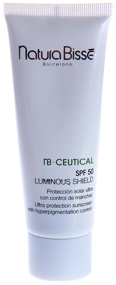 NATURA BISSE Крем солнцезащитный SPF50 / Luminous Shield NB CEUTICAL 75млКремы<br>Интенсивный увлажняющий солнцезащитный крем с высокой степенью защиты от солнечных лучей. Обладает мощным противовоспалительным действием, увлажняет, успокаивает и смягчает кожу, уменьшает красноту, выравнивает цвет лица и предупреждает появление пигментных пятен. Рекомендуется применять для всех типов кожи перед инсоляцией и после проведения эстетических процедур (чистки, лазерных процедур, дермабразии). Оказывает максимальную защиту от воздействия ультрафиолетовых лучей. Успокаивает раздраженную кожу. Восстанавливает естественные защитные функции кожи. Оказывает мощное противовоспалительное и антиоксидантное воздействие. Предотвращает появление признаков преждевременного старения. Способ применения: наносить перед выходом на улицу на лицо и другие чувствительные зоны. При длительном пребывании на солнце повторять нанесение средства.<br><br>Вид средства для лица: Увлажняющий<br>Назначение: Пигментация