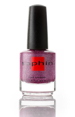 SOPHIN Лак для ногтей, темно-фиолетовый искрящийся песок 12млЛаки<br>Коллекция лаков SOPHIN очень разнообразна и соответствует современным веяньям моды. Огромное количество цветов и оттенков дает возможность создать законченный образ на любой вкус. Удобный колпачок не скользит в руках, что облегчает и позволяет контролировать процесс нанесения лака. Флакон очень эргономичен, лак легко стекает по стенкам сосуда во внутреннюю чашу, что позволяет расходовать его полностью. И что самое главное - форма флакона позволяет сохранять однородность лаков с блестками, глиттером, перламутром. Кисть средней жесткости из натурального волоса обеспечивает легкое, ровное и гладкое нанесение. Big5free! Активные ингредиенты. Состав: ethyl acetate, butyl acetate, nitrocellulose, acetyl tributyl citrate, isopropyl alcohol, adipic acid/neopentyl glycol/trimellitic anhydride copolymer, stearalkonium bentonite, n-butyl alcohol, styrene/acrylates copolymer, silica, benzophenone-1, trimethylpentanedyl dibenzoate, polyvinyl butyral.<br><br>Цвет: Фиолетовые<br>Виды лака: Жидкий песок