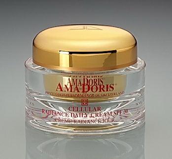 AMADORIS Крем защищающий на клеточном уровне для сухой кожи дневной SPF30 50млКремы<br>Увлажняющий на клеточном уровне, защищающий дневной крем для сухой и зрелой кожи. Комбинация субстанций эфирных масел позволяет бороться с возрастными морщинами, а также увлажняет и регенерирует Вашу кожу. Крем насыщен частичками-фильтрами, которые предотвращают проникновение на кожу опасных солнечных лучей. Нанесение сопровождается немедленным ощущением мягкости, поскольку улучшается микрорельеф кожи и к ней возвращается гладкость и эластичность. Стягивает поры и улучшает цвет лица.  Активные ингредиенты: Протеины сои и подсолнечника, Гиалуроновая кислота, Иммусель, Фукогель, Витамины А, Е, солнечный фильтр против Альфа и Бета лучей, Экстракты эдельвейса и зверобоя продырявленного, Масло какао и оливковых лепестков. Способ применения: Наносить утром после чистки лица на кожу лица и шеи и аккуратно похлопывать до полного впитывания в кожу.<br><br>Объем: 50<br>Вид средства для лица: Увлажняющий<br>Возраст применения: После 45<br>Назначение: Морщины<br>Время применения: Дневной