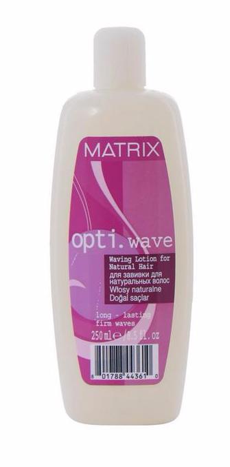 MATRIX Лосьон для завивки натуральных волос / ОПТИ ВЕЙВ 250млЛосьоны<br>Лосьон для завивки натуральных волос Matrix Opti Wave Waving Lotion For Natural Hair предназначен для химической стойкой завивки длительного действия. Лосьон деликатно воздействует на структуру волоса, нейтрализатор ( фиксатор химической завивки) восстанавливает двусернистые связи независимо от того, какой лосьон применялся для их разрыва. Matrix Opti Wave предлагает оптимальное решение для создания сверкающих, защищенных и излучающих здоровье локонов. Результат: лосьон для завивки натуральных волос гарантирует создание пружинистых завитков или мягких локонов надолго. Способ применения: приступить к накрутке на вымытые нейтральным шампунем и тщательно отжатые волосы. Нанести лосьон для завивки на каждое бигуди, сделать 2-3 последовательные пропитки. Оставить действовать под целлофаном или полотенцем в зависимости от типа волос. Время выдержки: нормальные, трудно поддающиеся, натуральные волосы около 15 минут; чувствительные волосы около 10 минут. Без теплового воздействия. После выдержки лосьона Матрикс Опти Вейв волосы тщательно промыть и отжать. Нанести 100 мл. фиксатора (нейтрализатора). Время выдержки: 5-7 минут. Снять бигуди и слегка помассировать кончики волос. Осторожно вспенить фиксатор в волосах. Тщательно промыть в течение 3-х минут. Приступить к укладке.<br><br>Объем: 250мл<br>Вид средства для волос: Стойкая