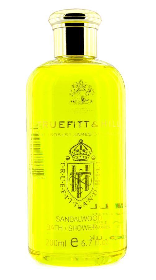 TRUEFITT HILL Гель для душа Sandalwood 200млТело<br>Гель для ванн и душа с нежным ароматом. Создает густую пену для глубокого очищения кожи. Дарит чувство комфорта. С теплым ароматом сандала. Делает кожу свежей и мягкой. Способ применения: нанести на влажную кожу, вспенить, смыть теплой водой.<br>