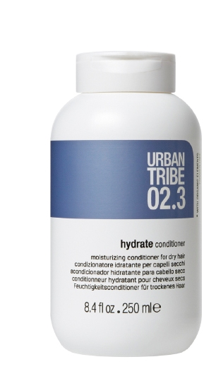 URBAN TRIBE Кондиционер увлажняющий для сухих волос 02.3 / Conditioner Hydrate 250млКондиционеры<br>Увлажняющий бальзам для сухих волос. Роскошные активные вещества глубоко увлажняют и кондиционируют, питают внутреннюю и внешнюю структуры волос. Волосы более послушные, блестящие и полные жизненной силы. Масло рисовых отрубей, защищает и придает эластичность. Натуральное масло жожоба, увлажняет, кондиционирует, питает и обладает свойствами антиоксиданта. Натуральное масло манго, увлажняет, защищает и кондиционирует. Натуральное масло органы, питает, смягчает, придает блеск и обладает свойствами антиоксиданта. Эфирное масло сладкого апельсина, очищает и восстанавливает. Активные ингредиенты: масло рисовых отрубей, натуральное масло жожоба, натуральное масло манго, натуральное масло органы, эфирное масло сладкого апельсина.Способ применения: нанесите на чистые влажные волосы, прочешите для более равномерного распределения по всей длине и на кончиках волос. Оставьте на 2-3 минуты, для глубокого увлажнения держите 5 минут, затем тщательно смойте и уложите по желанию с подходящими средствами.<br><br>Вид средства для волос: Увлажняющий<br>Типы волос: Сухие