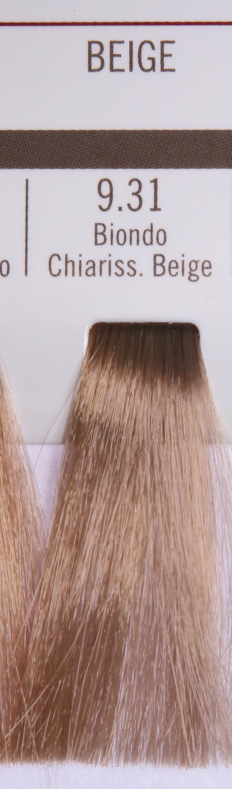 BAREX 9.31 краска для волос / PERMESSE 100млКраски<br>Оттенок: Супер светлый блондин бежевый. Профессиональная крем-краска Permesse отличается низким содержанием аммиака - от 1 до 1,5%. Обеспечивает блестящий и натуральный косметический цвет, 100% покрытие седых волос, идеальное осветление, стойкость и насыщенность цвета до следующего окрашивания. Комплекс сертифицированных органических пептидов M4, входящих в состав, действует с момента нанесения, увлажняя волосы, придавая им прочность и защиту. Пептиды избирательно оседают в самых поврежденных участках волоса, восстанавливая и защищая их. Масло карите оказывает смягчающее и успокаивающее действие. Комплекс пептидов и масло карите стимулируют проникновение пигментов вглубь структуры волоса, придавая им здоровый вид, блеск и долговечность косметическому цвету. Активные ингредиенты:&amp;nbsp;Сертифицированные органические пептиды М4 - пептиды овса, бразильского ореха, сои и пшеницы, объединенные в полифункциональный комплекс, придающий прочность окрашенным волосам, увлажняющий и защищающий их. Сертифицированное органическое масло карите (масло ши) - богато жирными кислотами, экстрагируется из ореха африканского дерева карите. Оказывает смягчающий и целебный эффект на кожу и волосы, широко применяется в косметической индустрии. Масло карите защищает волосы от неблагоприятного воздействия внешней среды, интенсивно увлажняет кожу и волосы, т.к. обладает высокой степенью абсорбции, не забивает поры. Способ применения:&amp;nbsp;Крем-краска готовится в смеси с Молочком-оксигентом Permesse 10/20/30/40 объемов в соотношении 1:1 (например, 50 мл крем-краски + 50 мл молочка-оксигента). Молочко-оксигент работает в сочетании с крем-краской и гарантирует идеальное проявление краски. Тюбик крем-краски Permesse содержит 100 мл продукта, количество, достаточное для 2 полных нанесений. Всегда надевайте подходящие специальные перчатки перед подготовкой и нанесением краски. Подготавливайте смесь крем-краски и молочка-оксигента Permesse