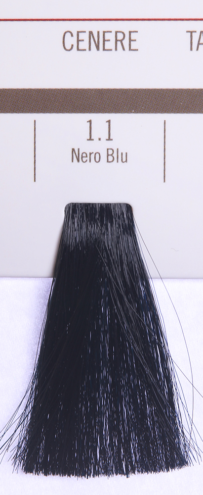 BAREX 1.1 краска для волос / PERMESSE 100млКраски<br>Оттенок: Черно-синий. Профессиональная крем-краска Permesse отличается низким содержанием аммиака - от 1 до 1,5%. Обеспечивает блестящий и натуральный косметический цвет, 100% покрытие седых волос, идеальное осветление, стойкость и насыщенность цвета до следующего окрашивания. Комплекс сертифицированных органических пептидов M4, входящих в состав, действует с момента нанесения, увлажняя волосы, придавая им прочность и защиту. Пептиды избирательно оседают в самых поврежденных участках волоса, восстанавливая и защищая их. Масло карите оказывает смягчающее и успокаивающее действие. Комплекс пептидов и масло карите стимулируют проникновение пигментов вглубь структуры волоса, придавая им здоровый вид, блеск и долговечность косметическому цвету. Активные ингредиенты:&amp;nbsp;Сертифицированные органические пептиды М4 - пептиды овса, бразильского ореха, сои и пшеницы, объединенные в полифункциональный комплекс, придающий прочность окрашенным волосам, увлажняющий и защищающий их. Сертифицированное органическое масло карите (масло ши) - богато жирными кислотами, экстрагируется из ореха африканского дерева карите. Оказывает смягчающий и целебный эффект на кожу и волосы, широко применяется в косметической индустрии. Масло карите защищает волосы от неблагоприятного воздействия внешней среды, интенсивно увлажняет кожу и волосы, т.к. обладает высокой степенью абсорбции, не забивает поры. Способ применения:&amp;nbsp;Крем-краска готовится в смеси с Молочком-оксигентом Permesse 10/20/30/40 объемов в соотношении 1:1 (например, 50 мл крем-краски + 50 мл молочка-оксигента). Молочко-оксигент работает в сочетании с крем-краской и гарантирует идеальное проявление краски. Тюбик крем-краски Permesse содержит 100 мл продукта, количество, достаточное для 2 полных нанесений. Всегда надевайте подходящие специальные перчатки перед подготовкой и нанесением краски. Подготавливайте смесь крем-краски и молочка-оксигента Permesse в неметаллической 