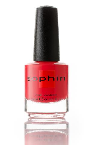SOPHIN Лак для ногтей, ярко-красный с каплей оранжевого 12млЛаки<br>Коллекция лаков SOPHIN очень разнообразна и соответствует современным веяньям моды. Огромное количество цветов и оттенков дает возможность создать законченный образ на любой вкус. Удобный колпачок не скользит в руках, что облегчает и позволяет контролировать процесс нанесения лака. Флакон очень эргономичен, лак легко стекает по стенкам сосуда во внутреннюю чашу, что позволяет расходовать его полностью. И что самое главное - форма флакона позволяет сохранять однородность лаков с блестками, глиттером, перламутром. Кисть средней жесткости из натурального волоса обеспечивает легкое, ровное и гладкое нанесение. Big5free! Активные ингредиенты. Состав: ethyl acetate, butyl acetate, nitrocellulose, acetyl tributyl citrate, isopropyl alcohol, adipic acid/neopentyl glycol/trimellitic anhydride copolymer, stearalkonium bentonite, n-butyl alcohol, styrene/acrylates copolymer, silica, benzophenone-1, trimethylpentanedyl dibenzoate, polyvinyl butyral.<br><br>Виды лака: Жидкий песок