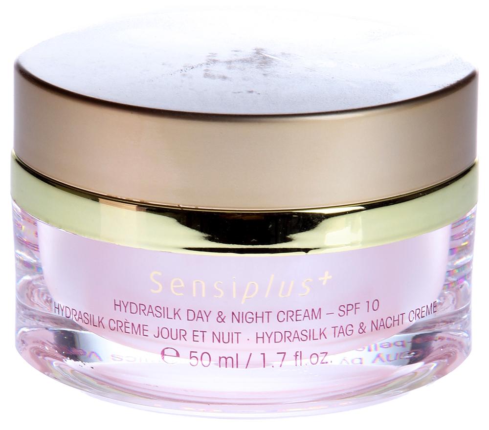ETRE BELLE Гидрошелк - дневной и ночной крем SPF12 / Hydrasilk Day+Night Cream 50млКремы<br>Увлажняющий крем 24-х часового действия с протеинами шелка, белым чаем и натуральными растительными ингредиентами. Он прекрасно защищает чувствительную кожу, от агрессивного воздействия окружающей среды и снимает раздражения, заживляет трещинки сухой кожи, успокаивает покраснения. Этот крем не содержит красителей, консервантов и минеральных масел. Не камедоногенен. SPF 12. Показание: Для чувствительной, обезвоженной, раздраженной кожи Активные вещества: Протеины шелка, пшеничный протеин, экстракт прополиса, экстракт грейпфрукта, экстракт белой ивы, экстракт магнолии, экстракт кардиосперума, экстракт туевика, экстракт ромашки лекарственной, серин, молочная кислота, витпмин Е, мочевина, экстракт камелии китайской, масло эхиума кривоцветкового, масло авакадо, масло виноградных косточек, масло дерева Ши, аллантоин. Способ применения: Утром и вечером наносить крем на очищенную кожу лица.<br><br>Вид средства для лица: Увлажняющий<br>Время применения: Ночной