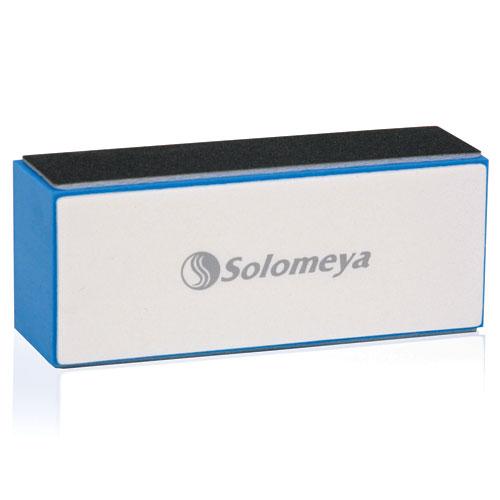 SOLOMEYA Полировщик для натуральных ногтей / Chamoise BufferПилки для ногтей<br>Блок-полировщик Solomeya предназначен для шлифовки, полировки и создания глянцевого блеска на натуральных и искусственных ногтях. Идеально подходит для мужского маникюра. Черная сторона предназначена для предварительной обработки кромки ногтей (снятия длины), темно-серая - для шлифовки ногтей, белая сторона - для мягкой шлифовки, а светло-серая - для полировки ногтей.<br>