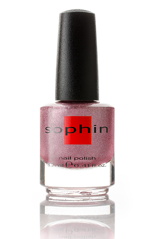SOPHIN Лак для ногтей, холодный розовый с серебристым шиммером 12млЛаки<br>Коллекция лаков SOPHIN очень разнообразна и соответствует современным веяньям моды. Огромное количество цветов и оттенков дает возможность создать законченный образ на любой вкус. Удобный колпачок не скользит в руках, что облегчает и позволяет контролировать процесс нанесения лака. Флакон очень эргономичен, лак легко стекает по стенкам сосуда во внутреннюю чашу, что позволяет расходовать его полностью. И что самое главное - форма флакона позволяет сохранять однородность лаков с блестками, глиттером, перламутром. Кисть средней жесткости из натурального волоса обеспечивает легкое, ровное и гладкое нанесение. Big5free! Активные ингредиенты. Состав: ethyl acetate, butyl acetate, nitrocellulose, acetyl tributyl citrate, isopropyl alcohol, adipic acid/neopentyl glycol/trimellitic anhydride copolymer, stearalkonium bentonite, n-butyl alcohol, styrene/acrylates copolymer, silica, benzophenone-1, trimethylpentanedyl dibenzoate, polyvinyl butyral.<br><br>Цвет: Розовые