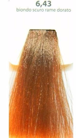KAARAL 6.43 краска для волос / Sense COLOURS 100млКраски<br>6.43 темный медно-золотистый блондин Перманентные красители. Классический перманентный краситель бизнес класса. Обладает высокой покрывающей способностью. Содержит алоэ вера, оказывающее мощное увлажняющее действие, кокосовое масло для дополнительной защиты волос и кожи головы от агрессивного воздействия химических агентов красителя и провитамин В5 для поддержания внутренней структуры волоса. При соблюдении правильной технологии окрашивания гарантировано 100% окрашивание седых волос. Палитра включает 93 классических оттенка. Способ применения: Приготовление: смешивается с окислителем OXI Plus 6, 10, 20, 30 или 40 Vol в пропорции 1:1 (60 г красителя + 60 г окислителя). Суперосветляющие оттенки смешиваются с окислителями OXI Plus 40 Vol в пропорции 1:2. Для тонирования волос краситель используется с окислителем OXI Plus 6Vol в различных пропорциях в зависимости от желаемого результата. Нанесение: провести тест на чувствительность. Для предотвращения окрашивания кожи при работе с темными оттенками перед нанесением красителя обработать краевую линию роста волос защитным кремом Вaco. ПЕРВИЧНОЕ ОКРАШИВАНИЕ Нанести краситель сначала по длине волос и на кончики, отступив 1-2 см от прикорневой части волос, затем нанести состав на прикорневую часть. ВТОРИЧНОЕ ОКРАШИВАНИЕ Нанести состав сначала на прикорневую часть волос. Затем для обновления цвета ранее окрашенных волос нанести безаммиачный краситель Easy Soft. Время выдержки: 35 минут. Корректоры Sense. Используются для коррекции цвета, усиления яркости оттенков, создания новых цветовых нюансов, а также для нейтрализации нежелательных оттенков по законам хроматического круга. Содержат аммиак и могут использоваться самостоятельно. Оттенки: T-AG - серебристо-серый, T-M - фиолетовый, T-B - синий, T-RO - красный, T-D - золотистый, 0.00 - нейтральный. Способ применения: для усиления или коррекции цвета волос от 2 до 6 уровней цвета корректоры добавляются в краситель по П