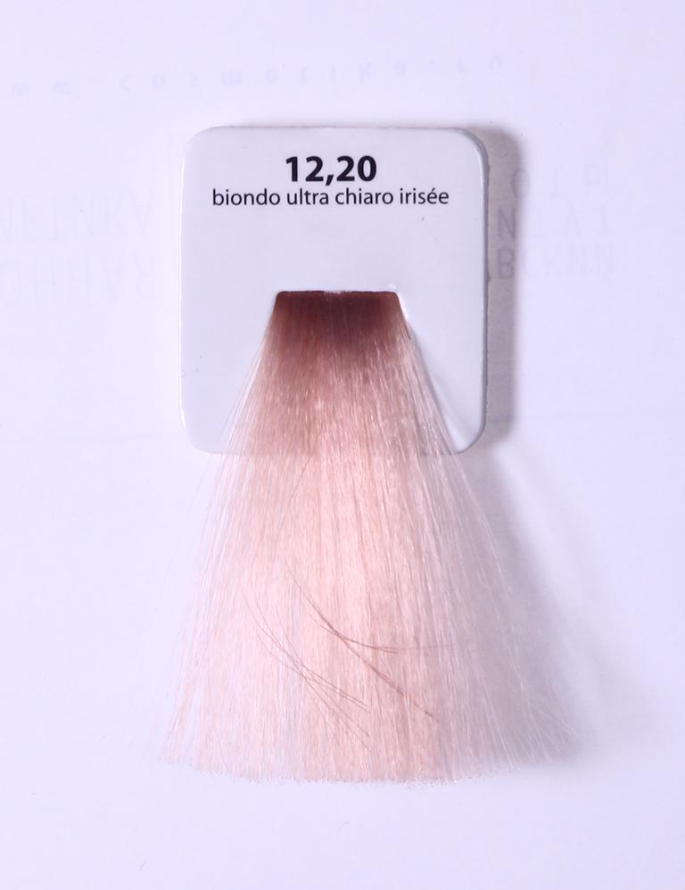 KAARAL 12.20 краска для волос / Sense COLOURS 60млКраски<br>12.20 экстра светлый фиолетовый блондин Перманентные красители. Классический перманентный краситель бизнес класса. Обладает высокой покрывающей способностью. Содержит алоэ вера, оказывающее мощное увлажняющее действие, кокосовое масло для дополнительной защиты волос и кожи головы от агрессивного воздействия химических агентов красителя и провитамин В5 для поддержания внутренней структуры волоса. При соблюдении правильной технологии окрашивания гарантировано 100% окрашивание седых волос. Палитра включает 93 классических оттенка. Способ применения: Приготовление: смешивается с окислителем OXI Plus 6, 10, 20, 30 или 40 Vol в пропорции 1:1 (60 г красителя + 60 г окислителя). Суперосветляющие оттенки смешиваются с окислителями OXI Plus 40 Vol в пропорции 1:2. Для тонирования волос краситель используется с окислителем OXI Plus 6Vol в различных пропорциях в зависимости от желаемого результата. Нанесение: провести тест на чувствительность. Для предотвращения окрашивания кожи при работе с темными оттенками перед нанесением красителя обработать краевую линию роста волос защитным кремом Вaco. ПЕРВИЧНОЕ ОКРАШИВАНИЕ Нанести краситель сначала по длине волос и на кончики, отступив 1-2 см от прикорневой части волос, затем нанести состав на прикорневую часть. ВТОРИЧНОЕ ОКРАШИВАНИЕ Нанести состав сначала на прикорневую часть волос. Затем для обновления цвета ранее окрашенных волос нанести безаммиачный краситель Easy Soft. Время выдержки: 35 минут. Корректоры Sense. Используются для коррекции цвета, усиления яркости оттенков, создания новых цветовых нюансов, а также для нейтрализации нежелательных оттенков по законам хроматического круга. Содержат аммиак и могут использоваться самостоятельно. Оттенки: T-AG - серебристо-серый, T-M - фиолетовый, T-B - синий, T-RO - красный, T-D - золотистый, 0.00 - нейтральный. Способ применения: для усиления или коррекции цвета волос от 2 до 6 уровней цвета корректоры добавляются в краситель п